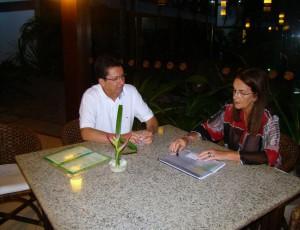 Foster anuncia a Geraldo ação da Petrobras (Foto Pê Lima).