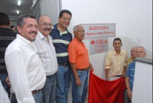 Na solenidade, foi inaugurado o auditório Agenor Lopes Medeiros, ex-presidente do Sindicato, hoje com 95 anos de idade