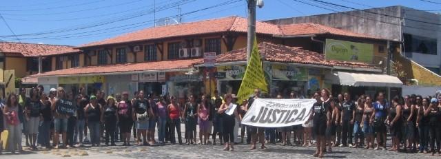 Protesto contra crime de mando mobilizou centenas de educadores em Porto (Foto Radar 64).