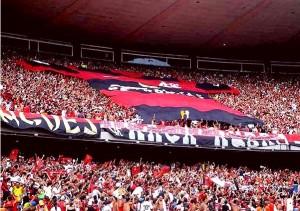 Torcida do Flamengo fica maior após título nacional em 2009.